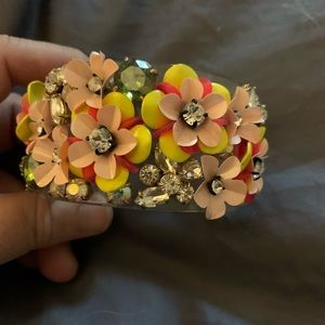 Gorgeous lucite bangle with flower details J Crew